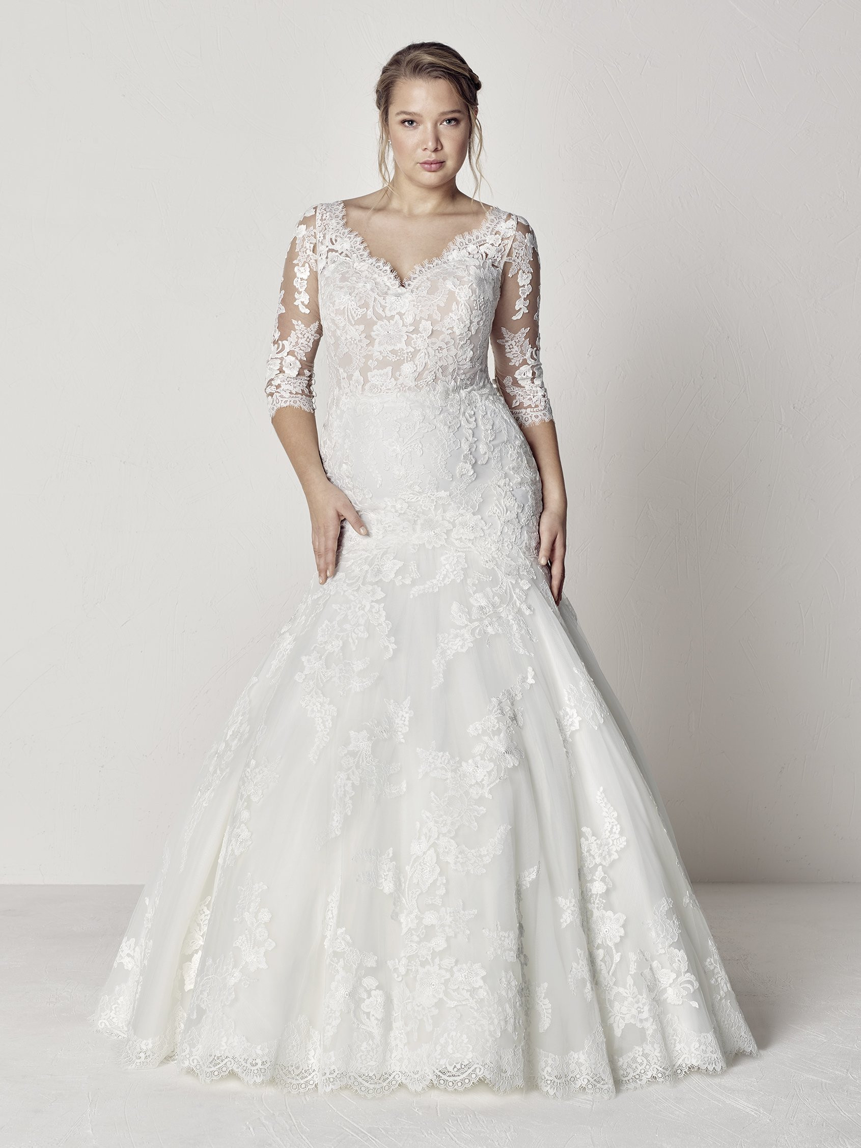 Scalloped V Neck 34 Sleeve Lace Fit And Flare Wedding Dress