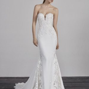 Sweetheart Lace Embellished Neck Fitted Mermaid Wedding Dress by Pronovias