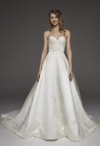 Sweetheart Neckline Silk Ball Gown Wedding Dress by Pronovias