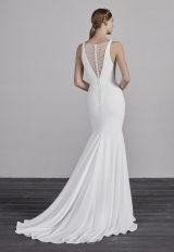 V-neck Sleeveless Mermaid Wedding Dress by Pronovias - Image 2