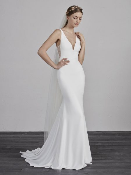 V-neck Sleeveless Mermaid Wedding Dress by Pronovias - Image 1