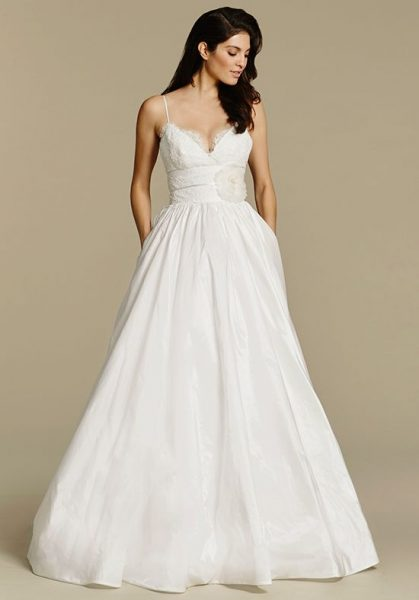 015c3f2e0 Spaghetti Strap V-neck Taffeta Ball Gown Wedding Dress