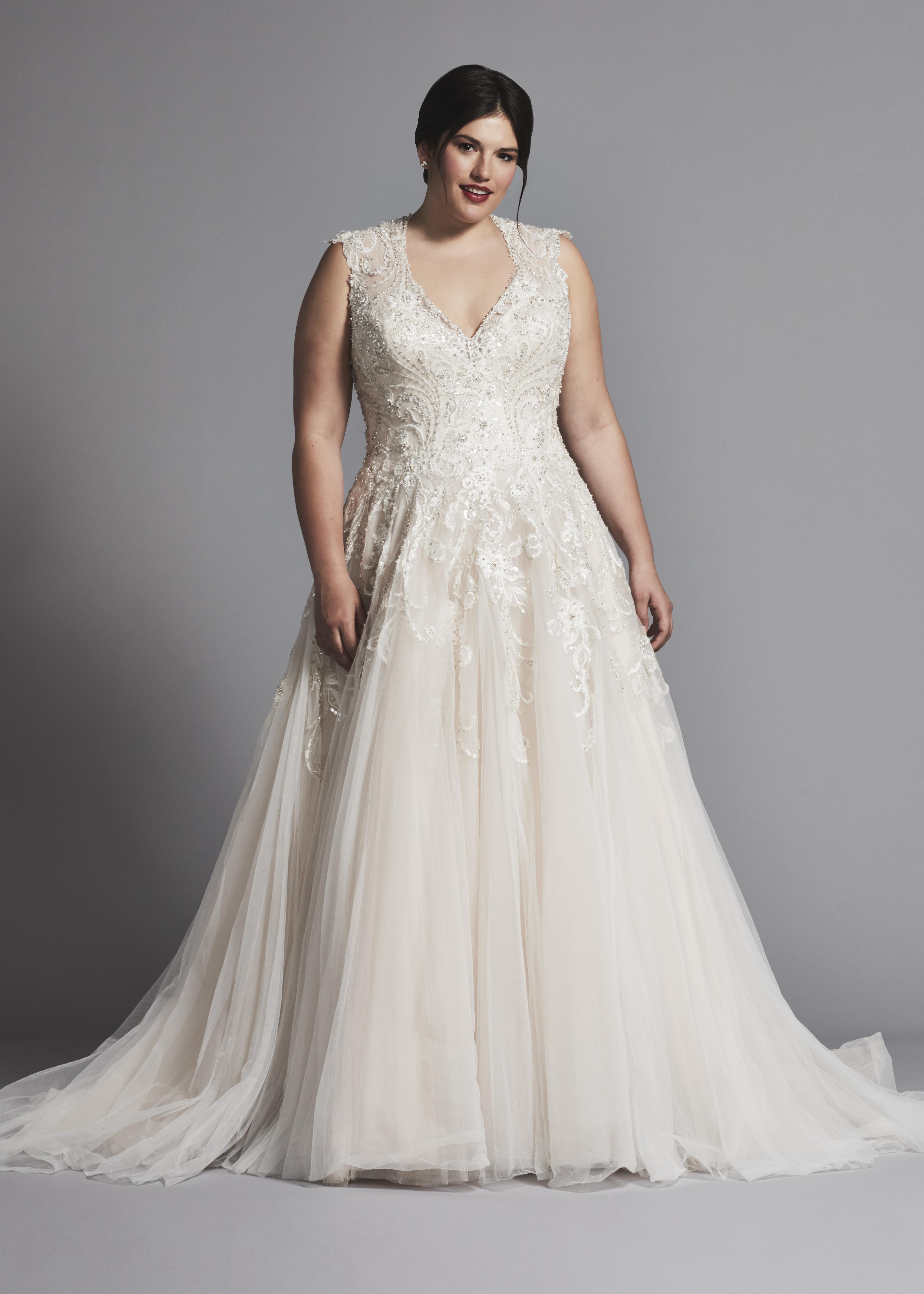 Sleeveless V-neck Tulle A-line Wedding Dress | Kleinfeld Bridal