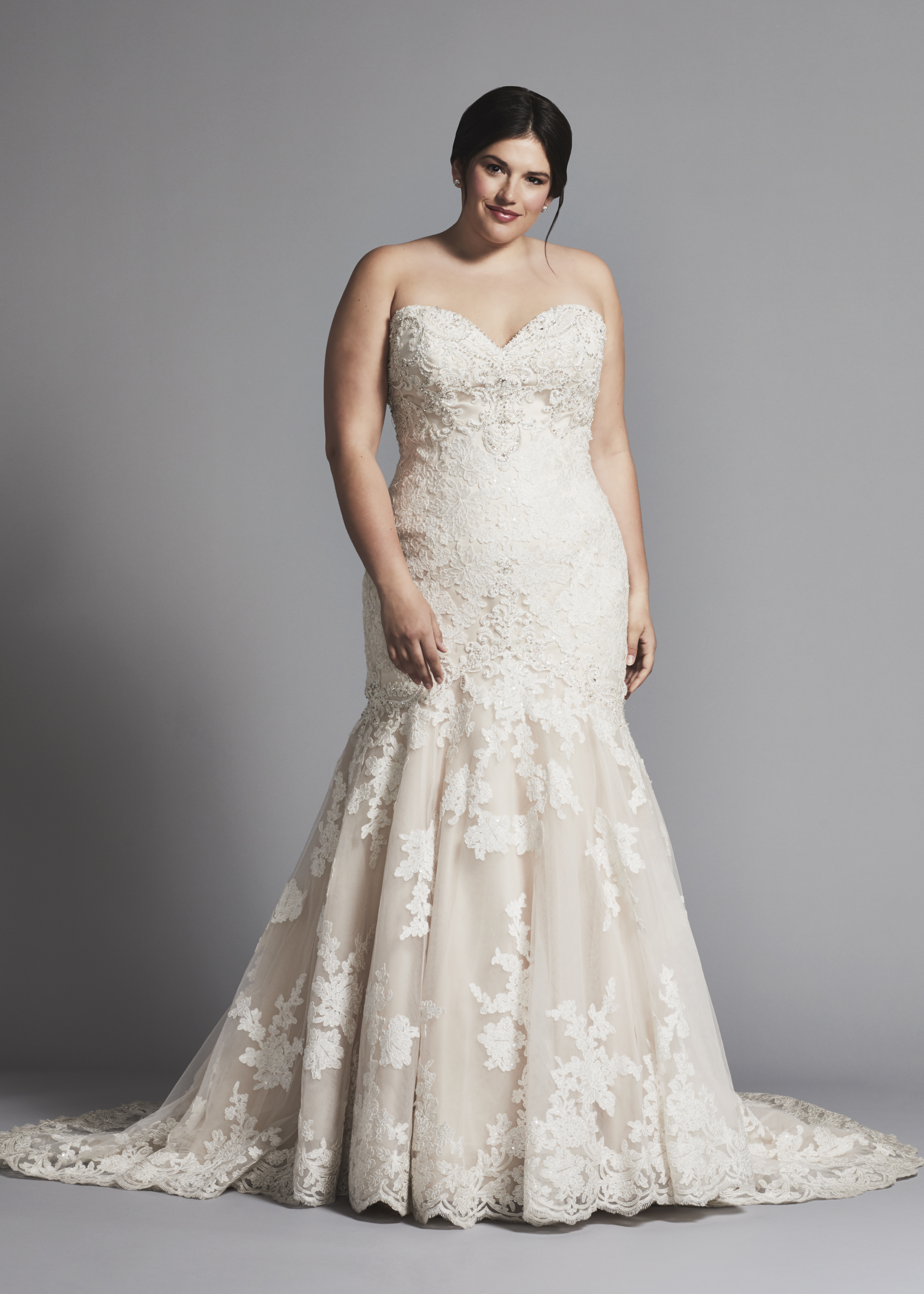 Strapless Lace Mermaid Wedding Dress | Kleinfeld Bridal