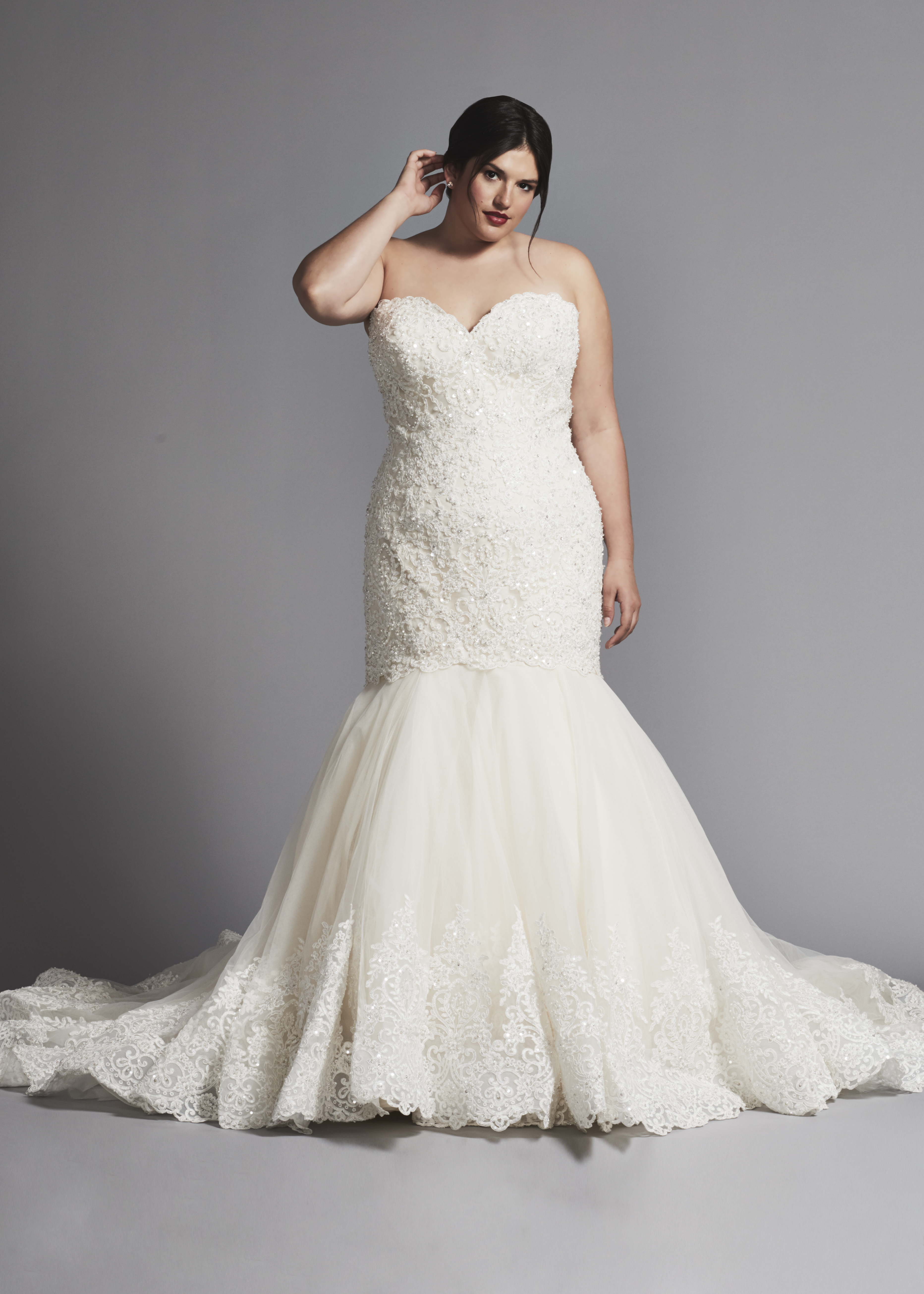 465f1a03ec62 Mermaid Wedding Dress With Beaded Lace Bodice And Tulle Skirt | Kleinfeld  Bridal