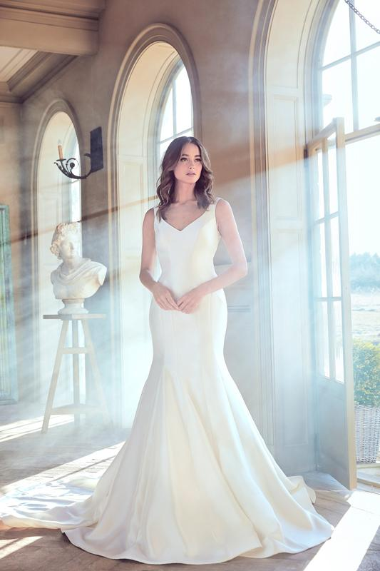 Simple Sleeveless V-neck Fit And Flare Wedding Dress by Sareh Nouri - Image 1