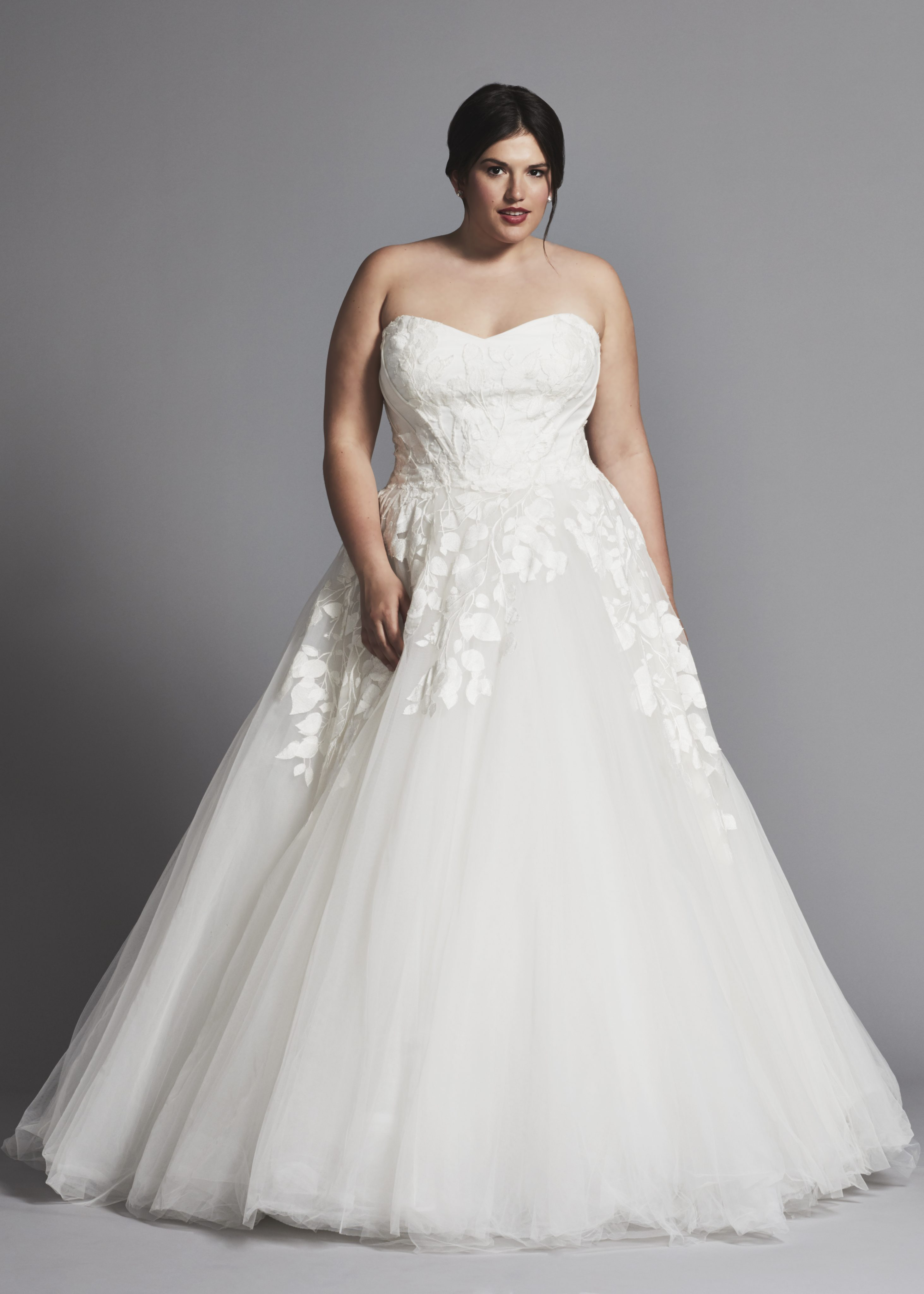 Strapless Applique Ball Gown Wedding Dress With Tulle Skirt ...