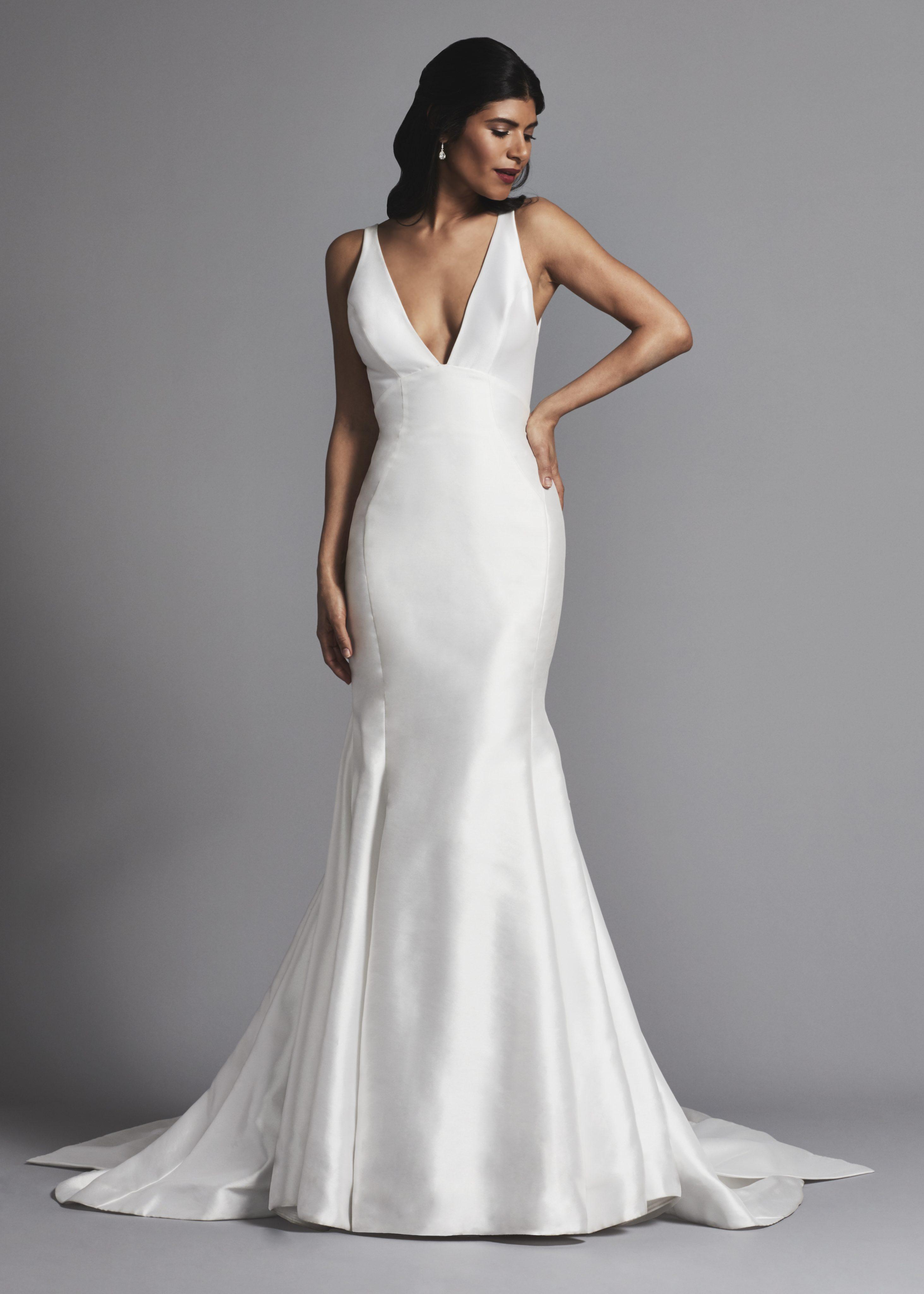 Sleeveless V Neck Fit And Flare Wedding Dress Kleinfeld