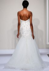 Beaded Sweetheart Strapless Bodice Tulle Skirt Fit And Flare Wedding Dress by Dennis Basso - Image 2