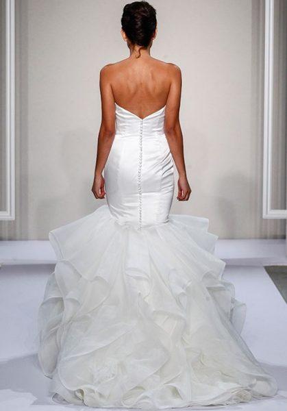 Sweetheart Neckline Full Ruffle Skirt Mermaid Wedding Dress by Dennis Basso - Image 2