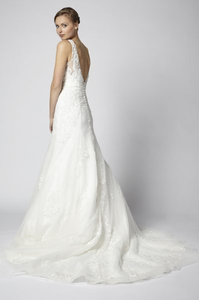 Beaded Lace A-line V-neck Wedding Dress by Henry Roth - Image 2