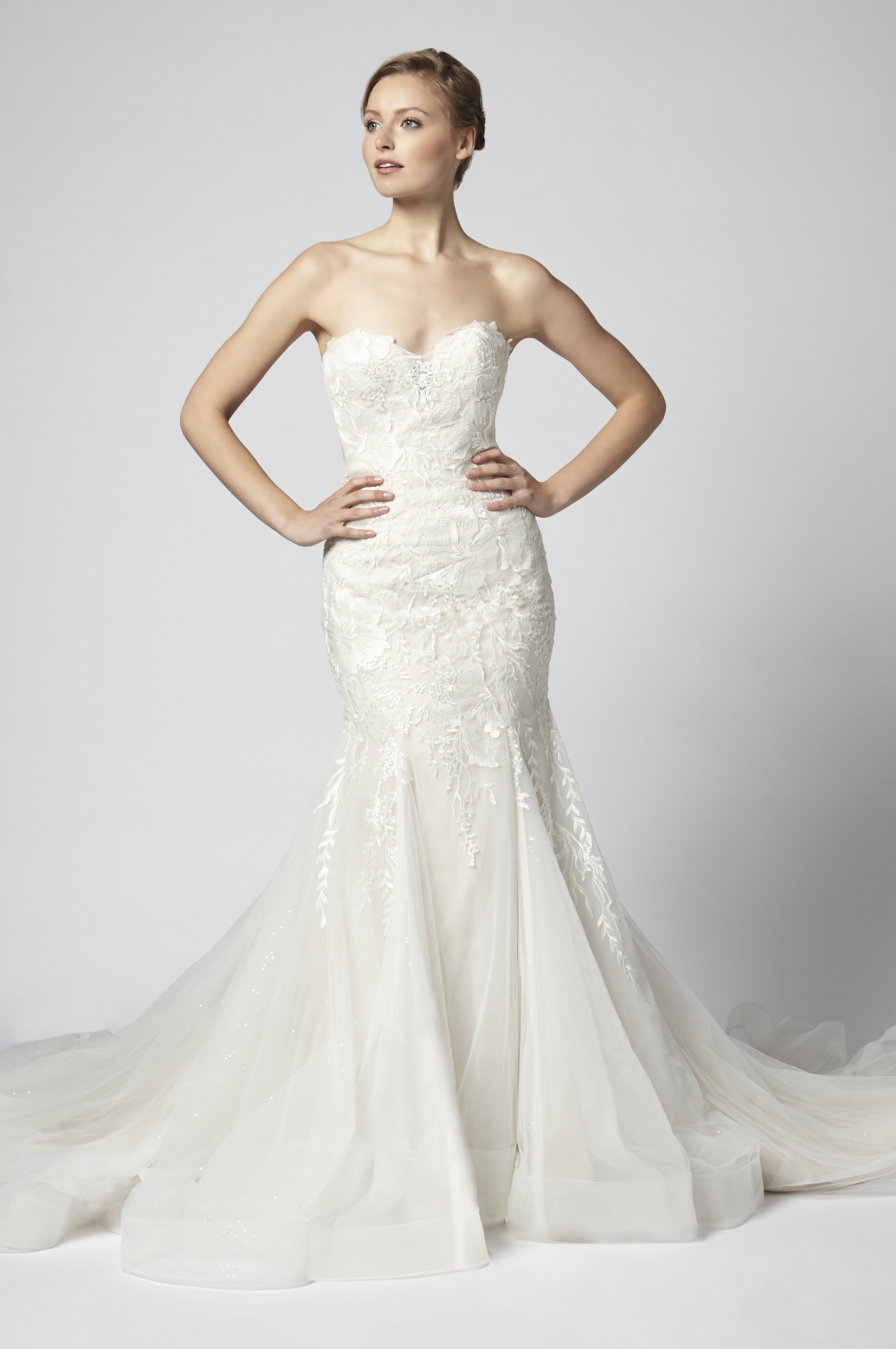 Lace Strapless Fit And Flare With Tulle Skirt Kleinfeld Bridal