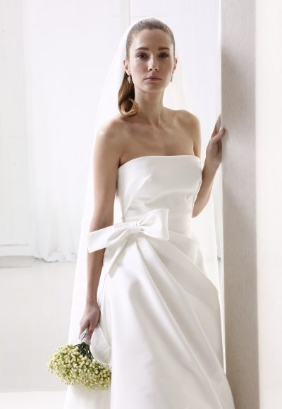 Straight Neckline Simple Ball Gown Wedding Dress by Le Spose Di Gio