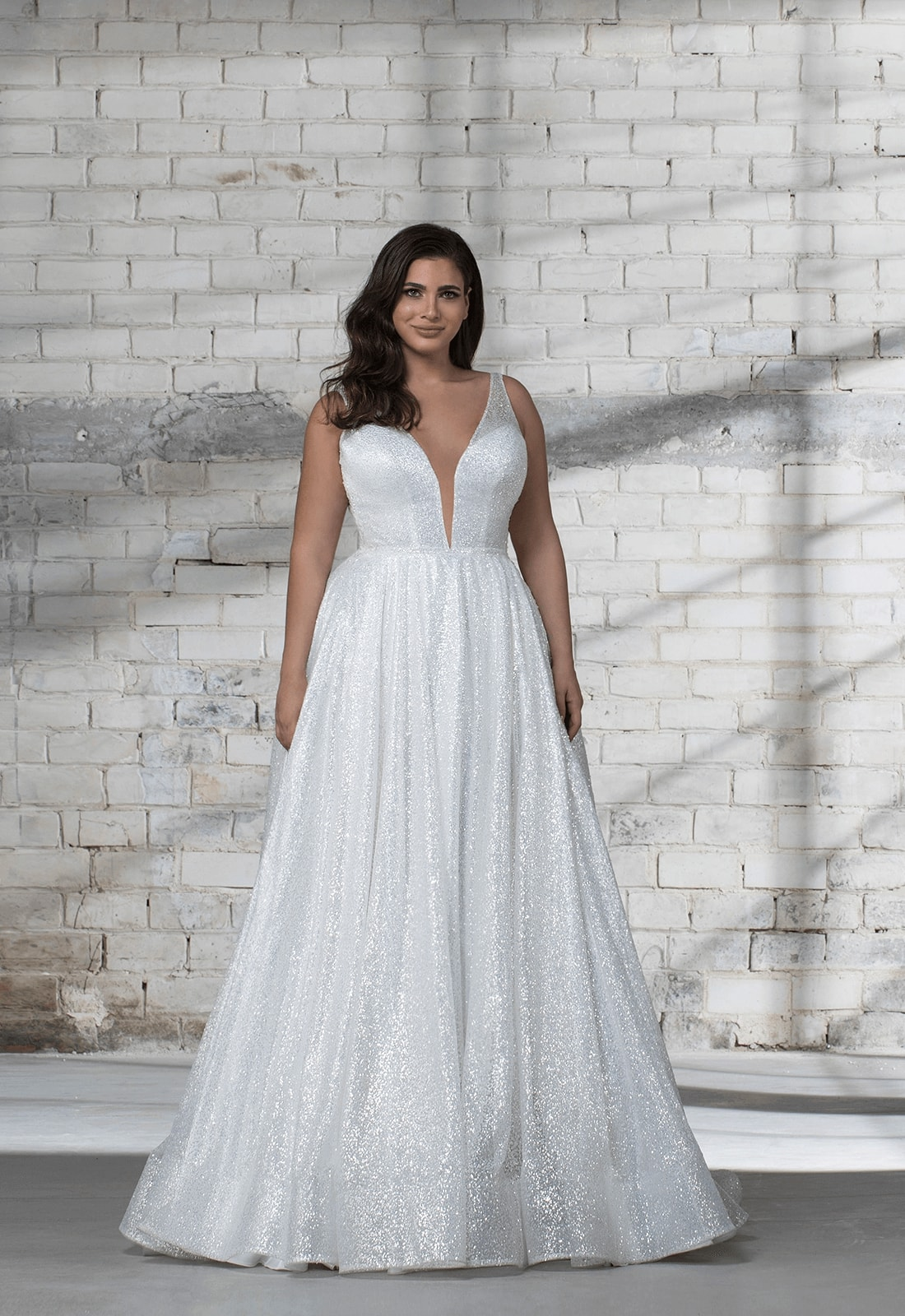 Sleeveless Glitter A-line V-neck Wedding Dress
