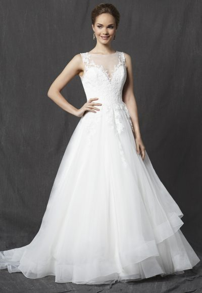 Illusion Sweetheart Sleeveless Lace Bodice Tulle Skirt A-line Wedding Dress by Michelle Roth