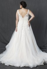 V-neck Sleeveless Lace Bodice A-line Wedding Dress by Michelle Roth - Image 2