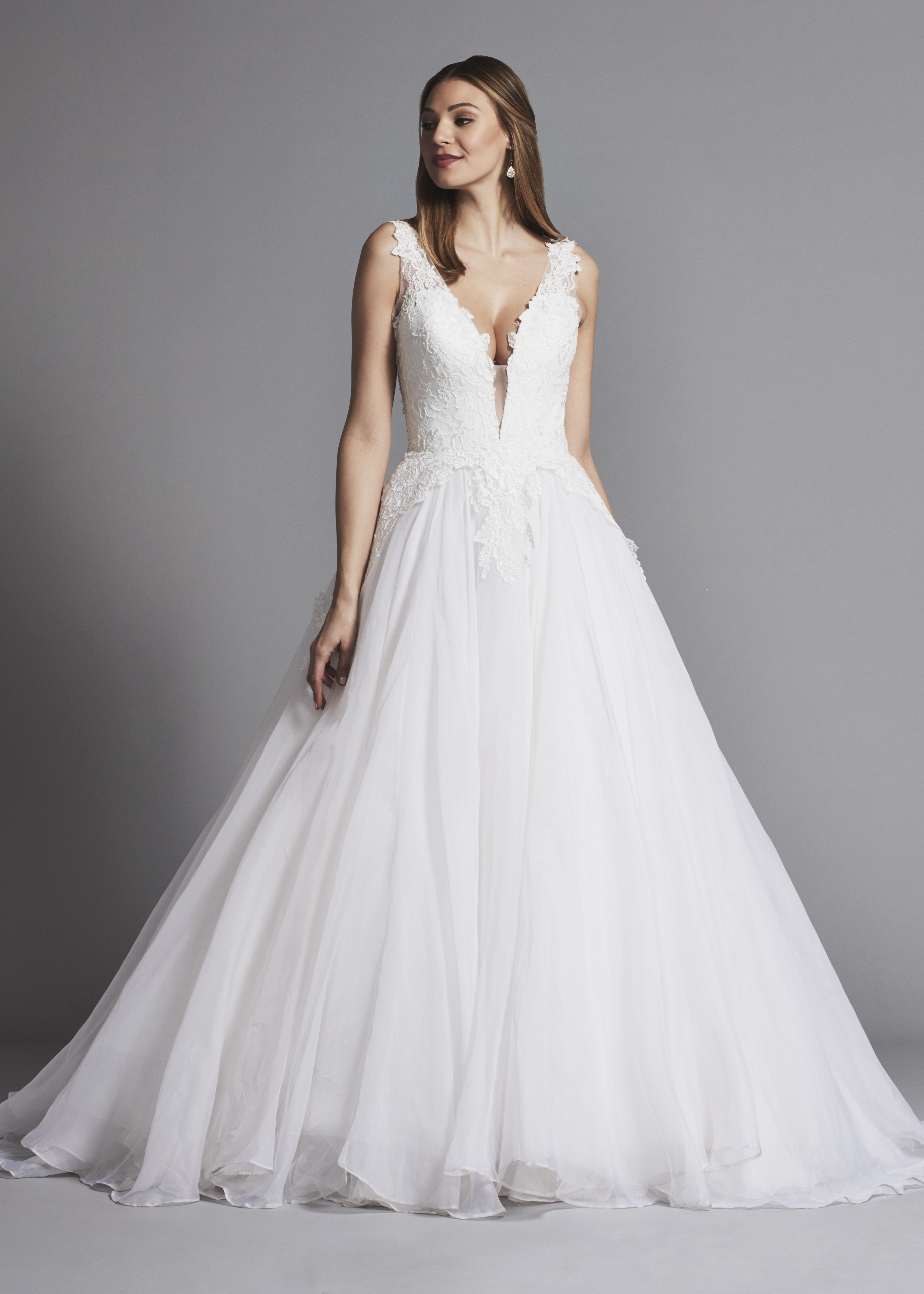 Classic And Romantic Lace And Organza Ball Gown Wedding Dress
