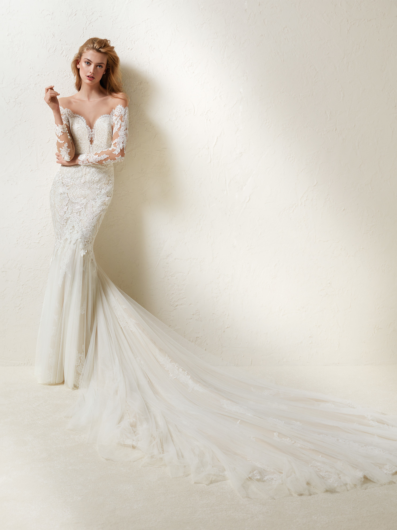 Long Sleeve Off The Shoulder Lace And Tulle Mermaid Wedding Dress