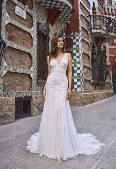 de780c127786 Scalloped V-neckline Sleeveless Lace And Chiffon Fit And Flare Wedding Dress  by Pronovias x Add to favorites