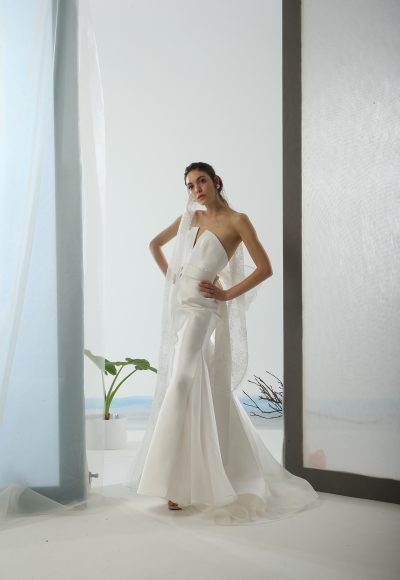 Strapless Simple Fit And Flare Wedding Dress by Le Spose Di Gio
