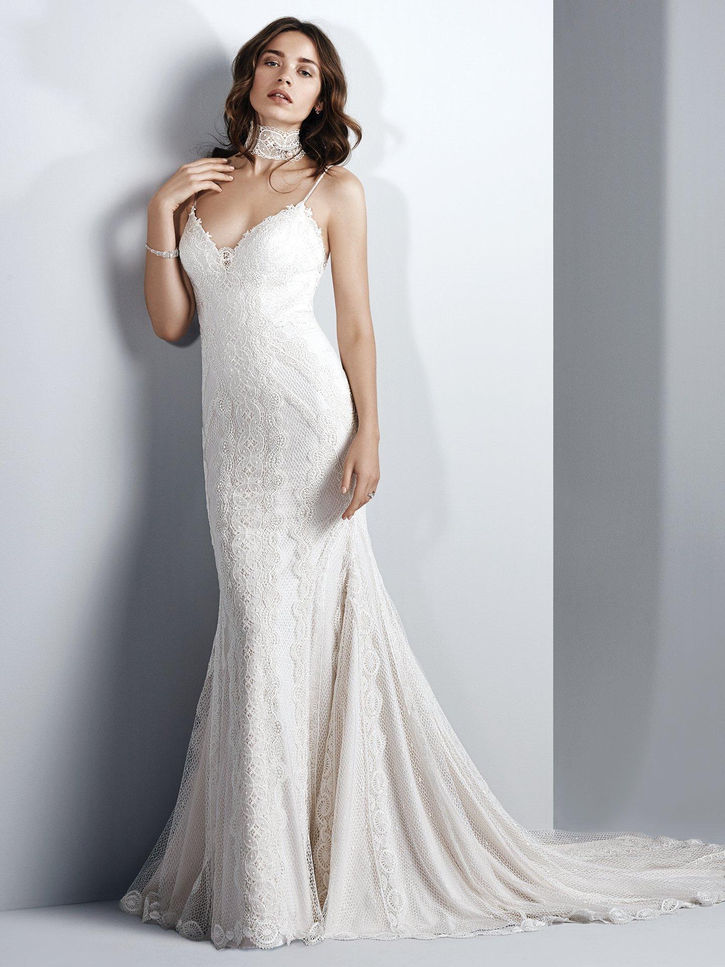 Spaghetti Strap Sweetheart Neck Lace Sheath Wedding Dress