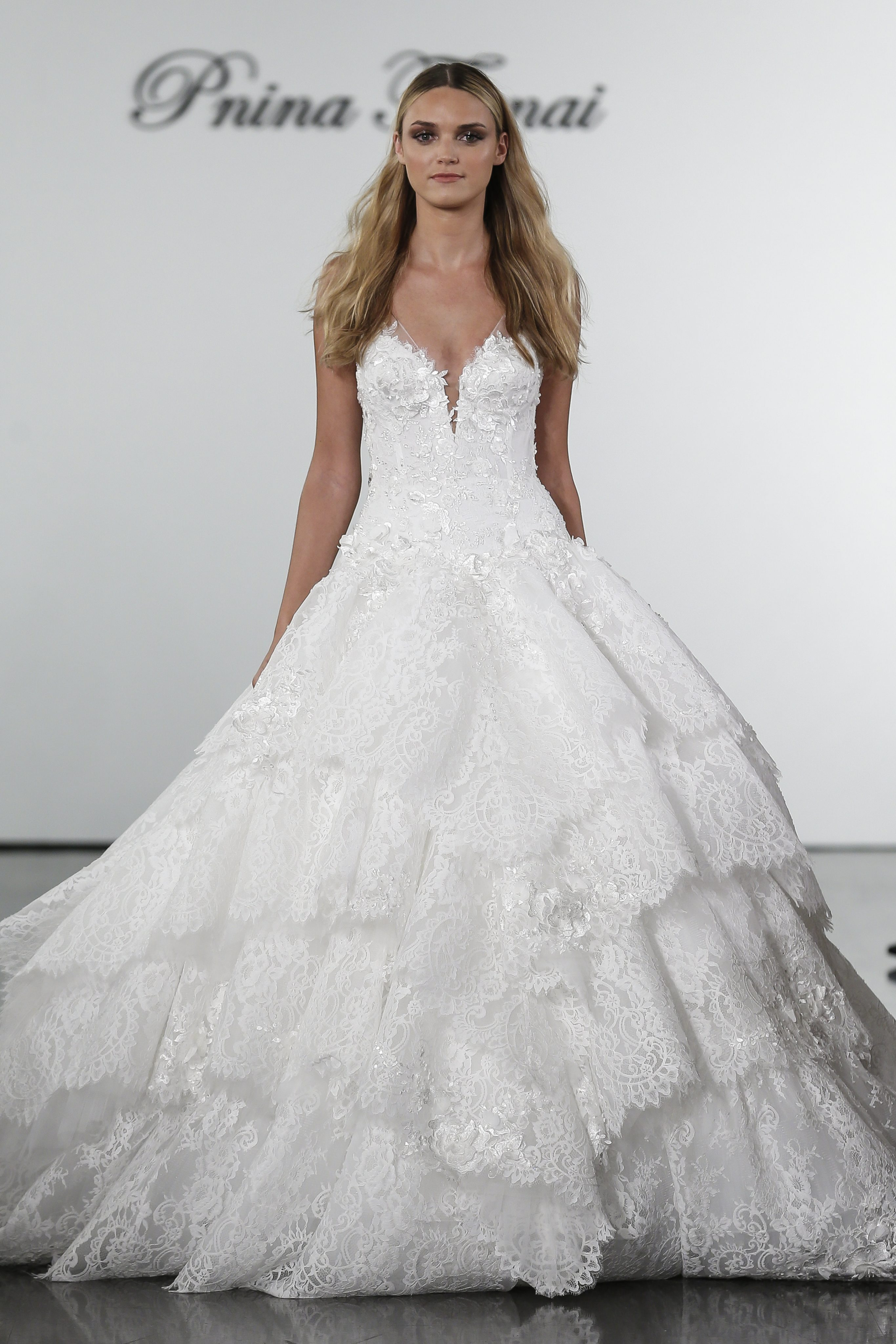 V Neck Lace Ball Gown Wedding Dress With Floral Appliqued