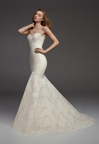 Full Lace Sweetheart Neckline Fit And Flare Strapless Wedding Dress by Pronovias