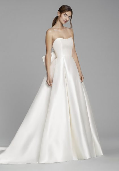 Sweetheart Strapless Silk Ball Gown Wedding Dress