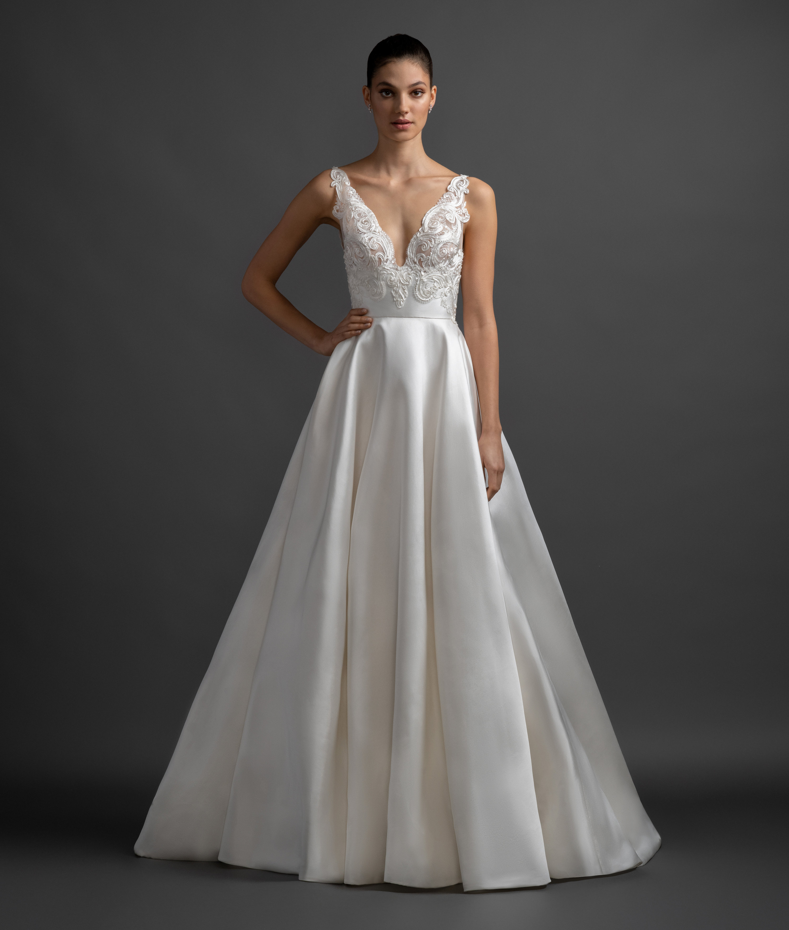 Wedding Gown With Neck Detail: Scalloped V-neck Natural Waist Silk Skirt A-line Wedding