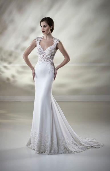 Embroidered Lace Bodice Fitted Skirt Wedding Dress by Maison Signore - Image 1