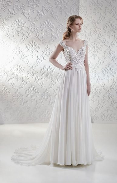 Lace Bodice Flowy Skirt A-line Wedding Dress by Maison Signore - Image 1