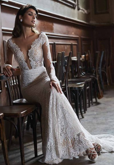 Sheath V-neck Wedding Dress by Maison Signore