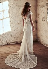 V-neck Fringed Lace Cap Sleeve Sheath Wedding Dress With Bow by Anna Campbell - Image 2