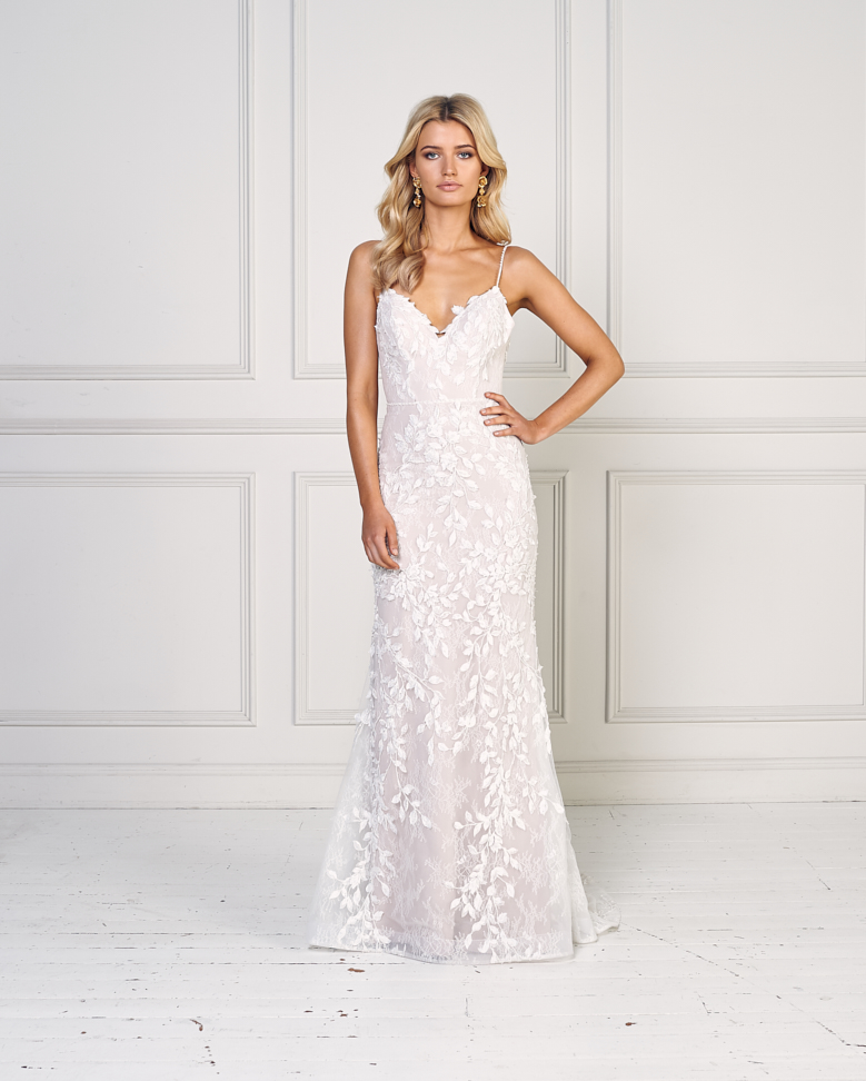 0d1545e2bfd Floral Applique Spaghetti Strap V-neck Fit And Flare Wedding Dress ...