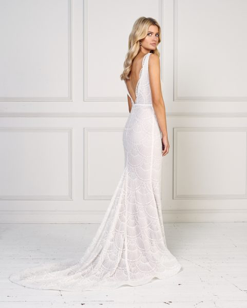 Sleeveless Scalloped Detailed Fit And Flare Wedding Dress by Jane Hill - Image 2