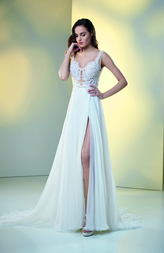 Lace And Embroidered Sheath Wedding Dress by Maison Signore - Image 2