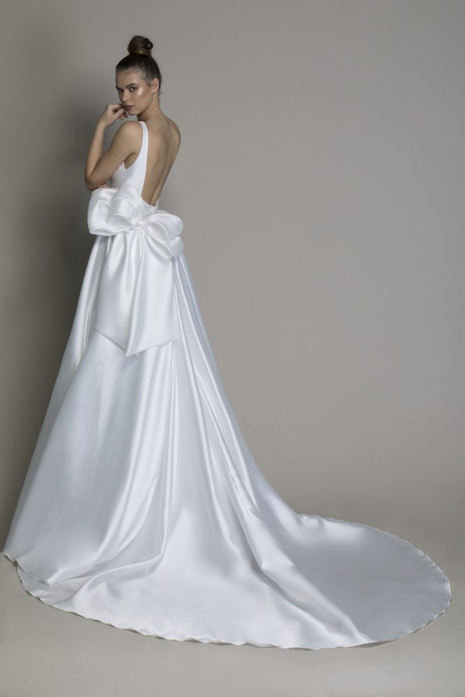 Silk Machado A-line Wedding Dress With V-neckline And Bow At Waist by Love by Pnina Tornai - Image 2