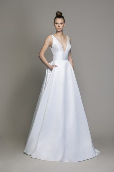 Silk Machado A-line Wedding Dress With V-neckline And Bow At Waist by Love by Pnina Tornai - Image 1