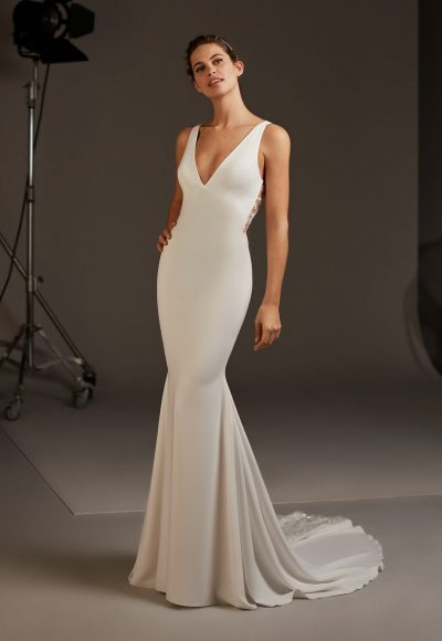 V-neck Crepe Dress With Open Back by Pronovias