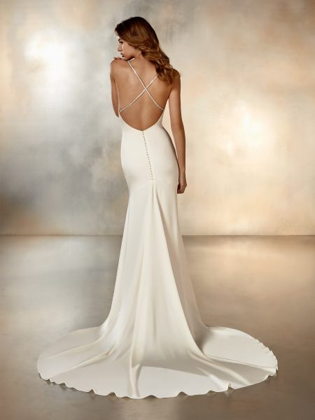 V-neck Simple Crepe Dress by Pronovias - Image 2