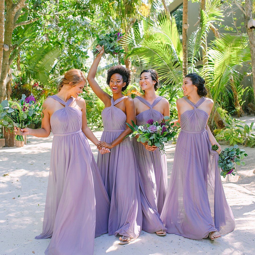How to Beat the Heat at a Summer Wedding: we gathered up our best tips for conquering the summer heat during your wedding!