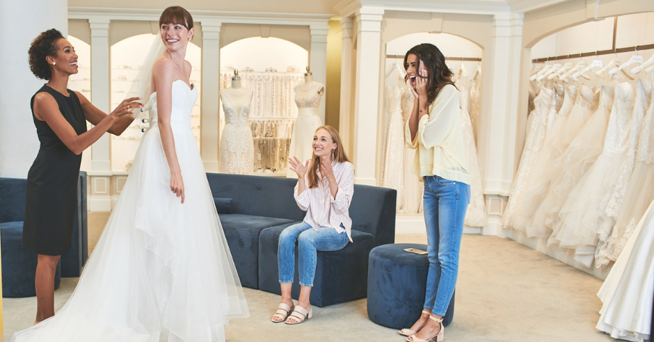 How to Avoid Wedding Dress Shopping Stress