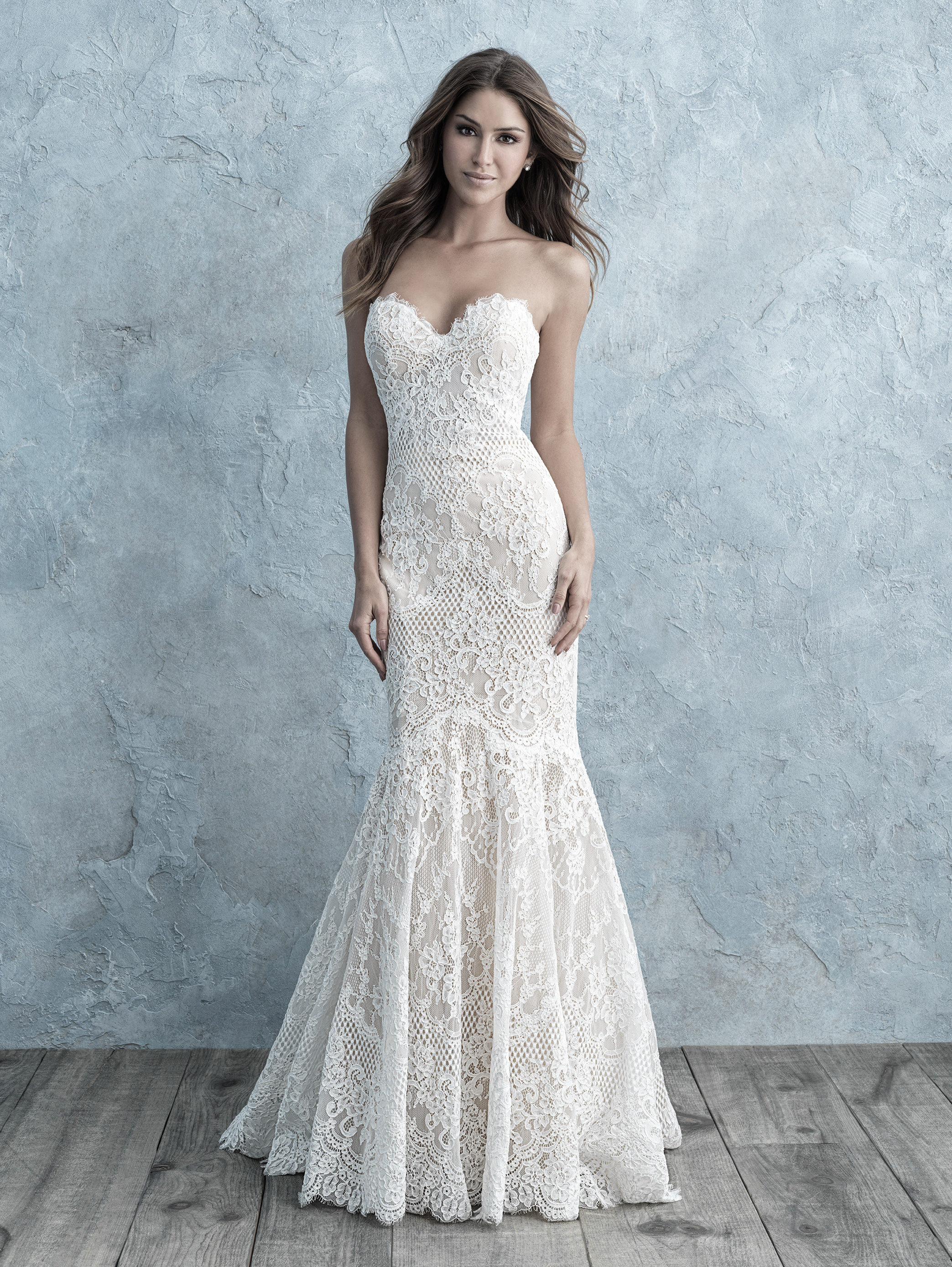 allover lace sweetheart strapless mermaid wedding dress