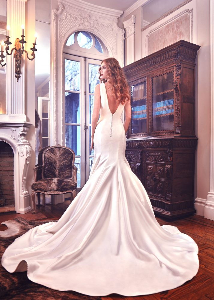 Simple Silk V-neck Wedding Dress by Sareh Nouri - Image 2