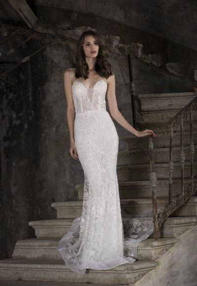 Embroidered Lace Sweetheart Mermaid Wedding Dress by Tony Ward