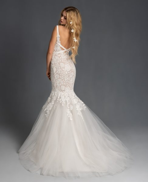 Sweetheart Neckline Lace Fit And Flare Tulle Wedding Dress by BLUSH by Hayley Paige - Image 2