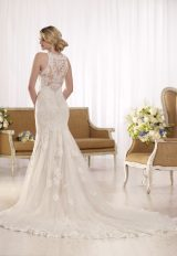 Sleeveless lace halter neckline wedding dress by Essense of Australia - Image 2