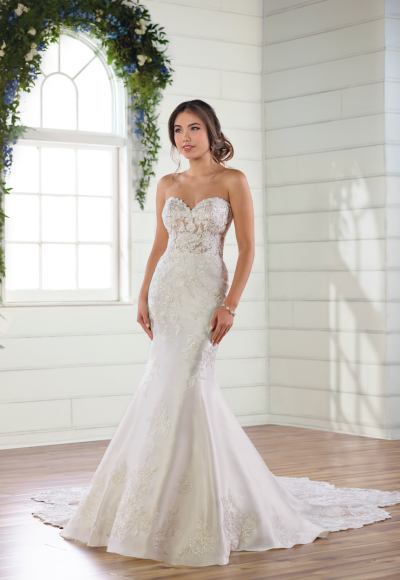 Strapless sweetheart mermaid wedding dress by Essense of Australia