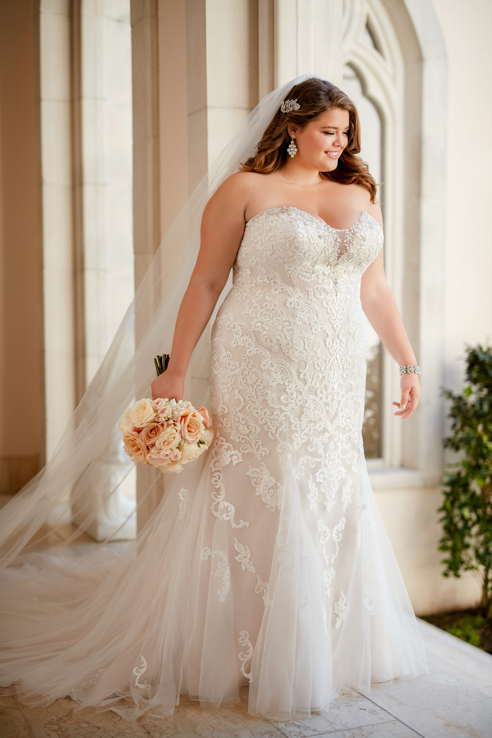 Blush Fit And Flare Lace Wedding Dress Kleinfeld Bridal
