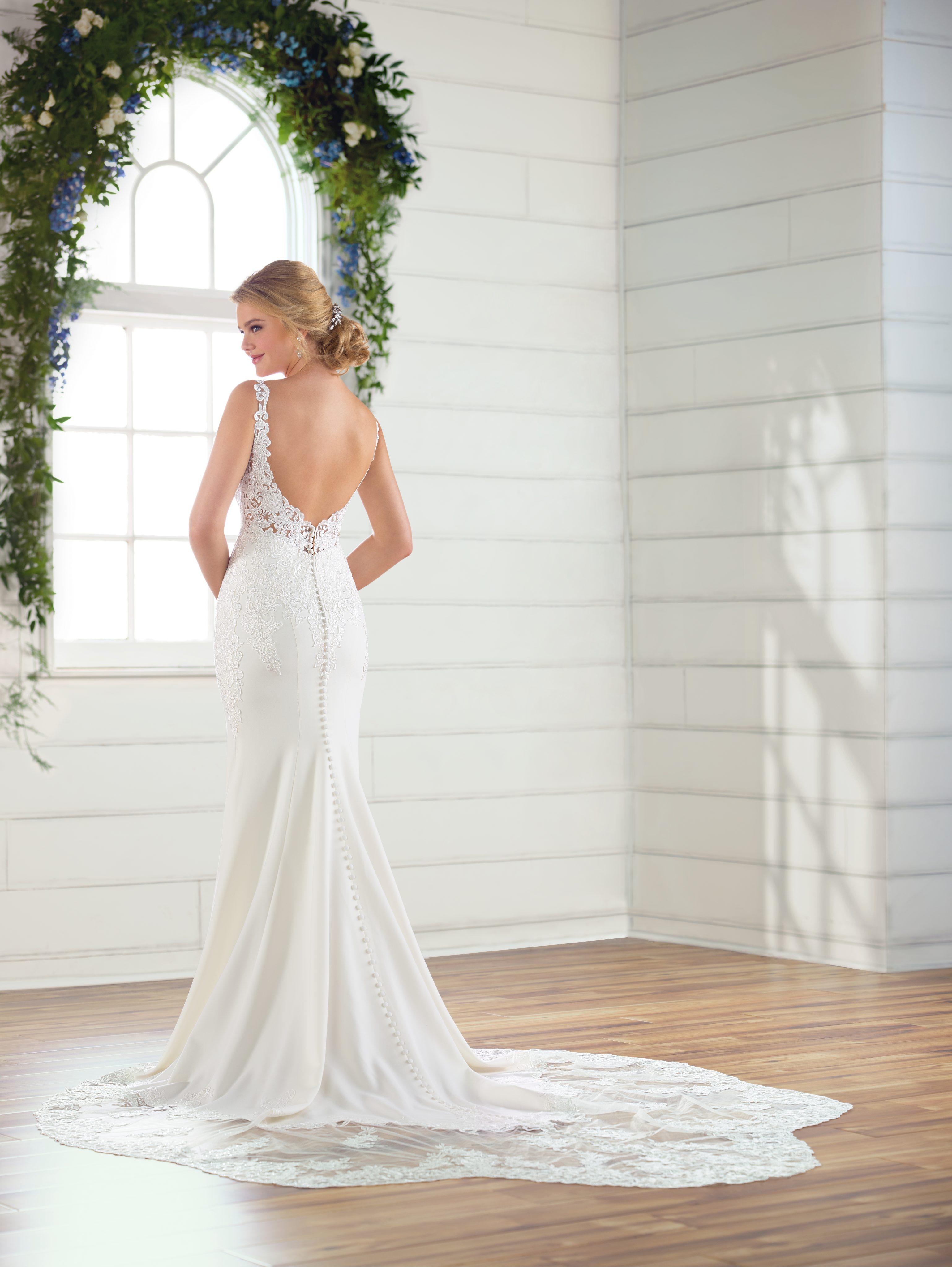 V Neck Crepe Wedding Dress Kleinfeld Bridal
